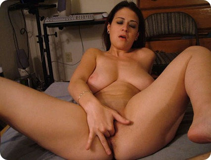 BEST NAKED MILFS ARE AT DIRTY WIVES EXPOSED